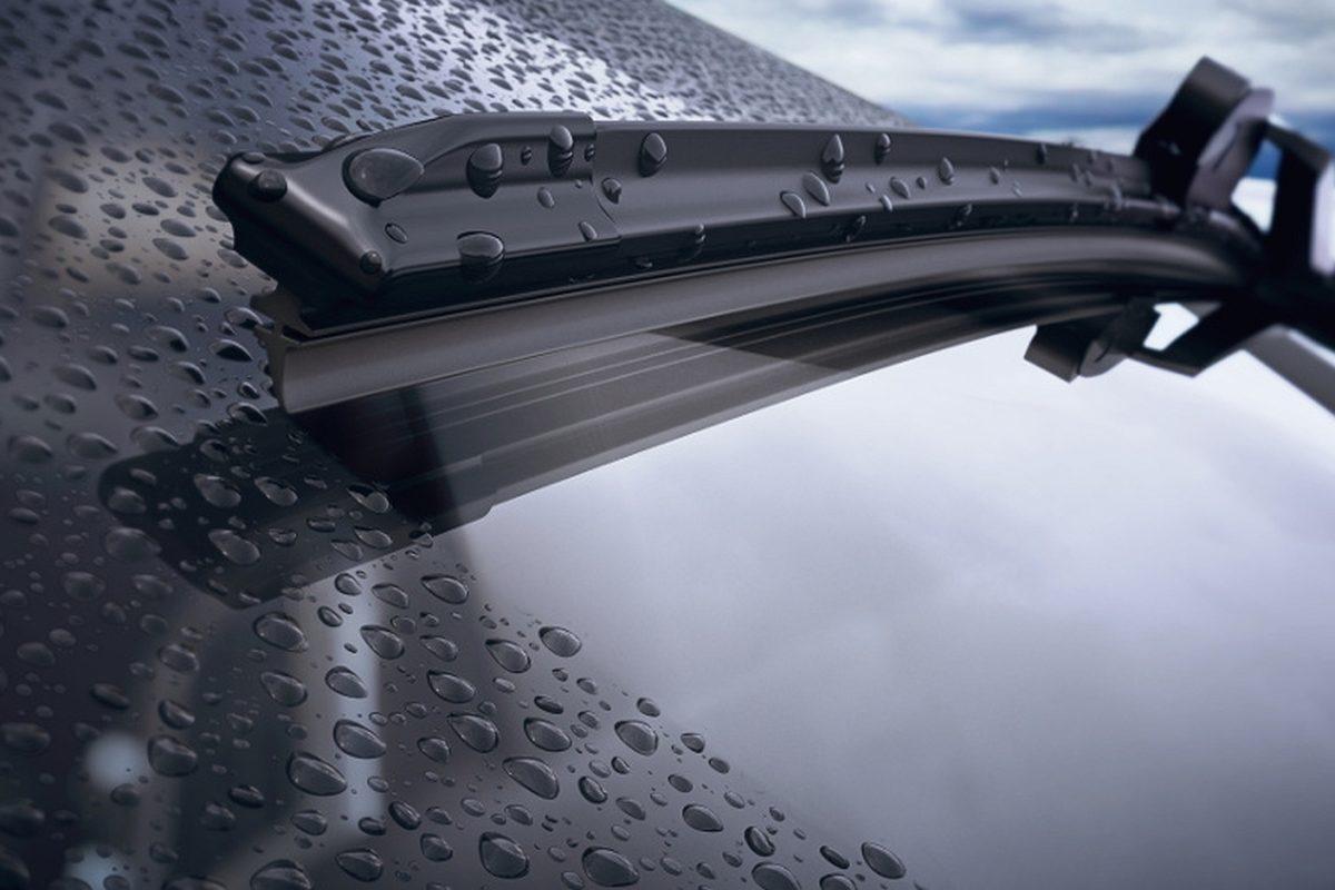 Powłoki hydrofobowe szyby samochodowej.