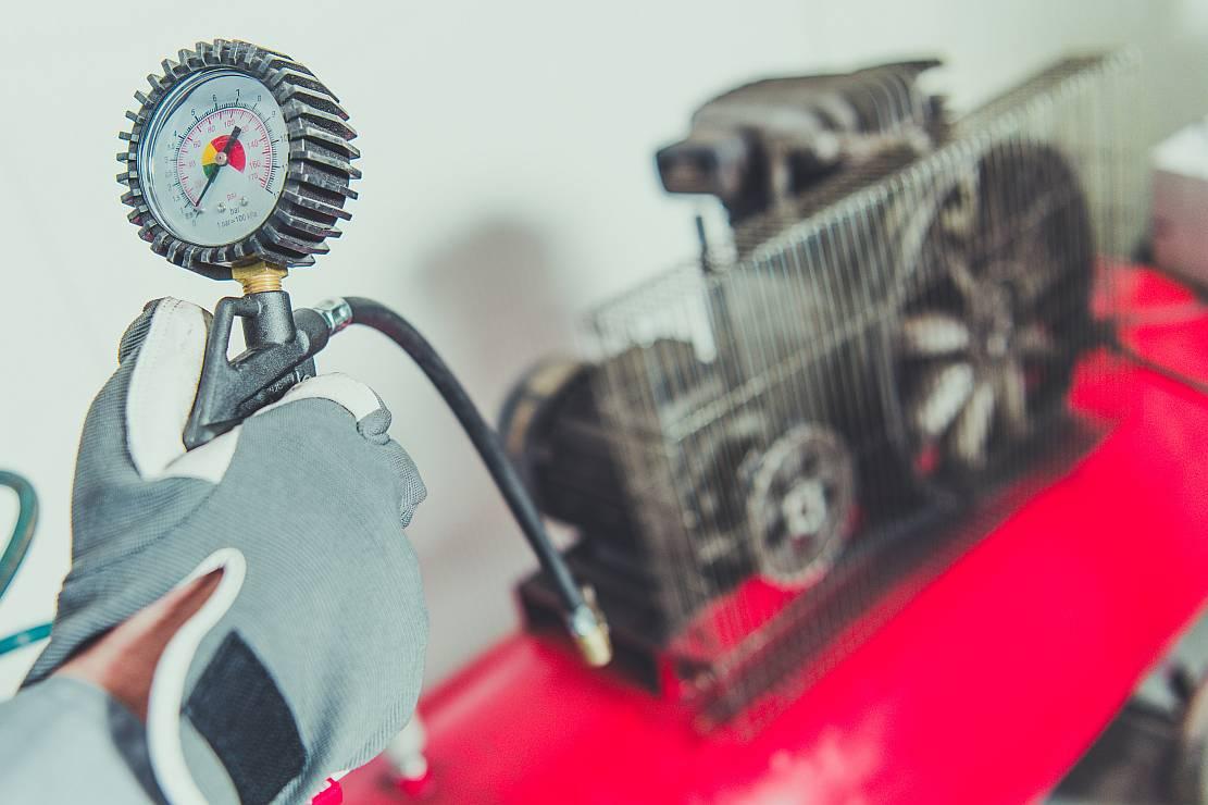 Kompresory śrubowe – zastosowanie, działanie i rodzaje